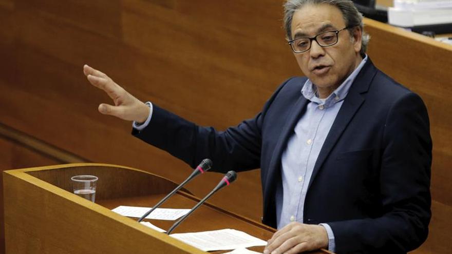 El portavoz de PSPV en Les Corts ofrece su dimisión a Puig para cuando quiera