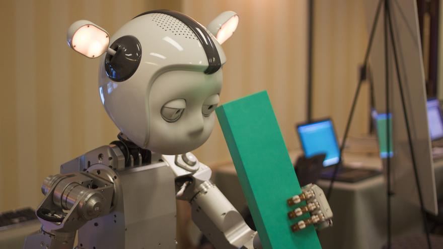 La alianza trabajará para que el público comprenda las ventajas de la inteligencia artificial.