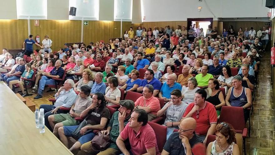 Asamblea de constitución de la Plataforma Forzados