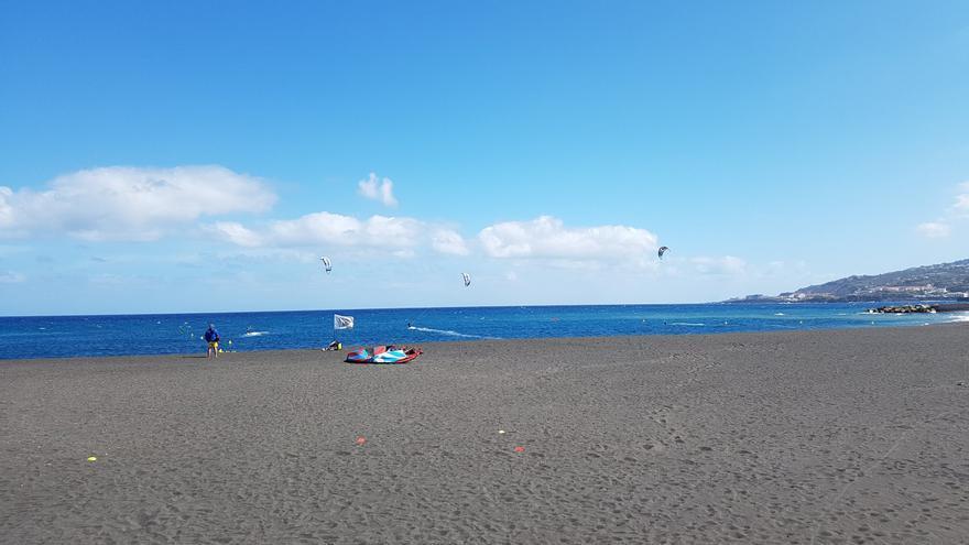 Imagen de archivo de la playa de Santa Cruz de La Palma.
