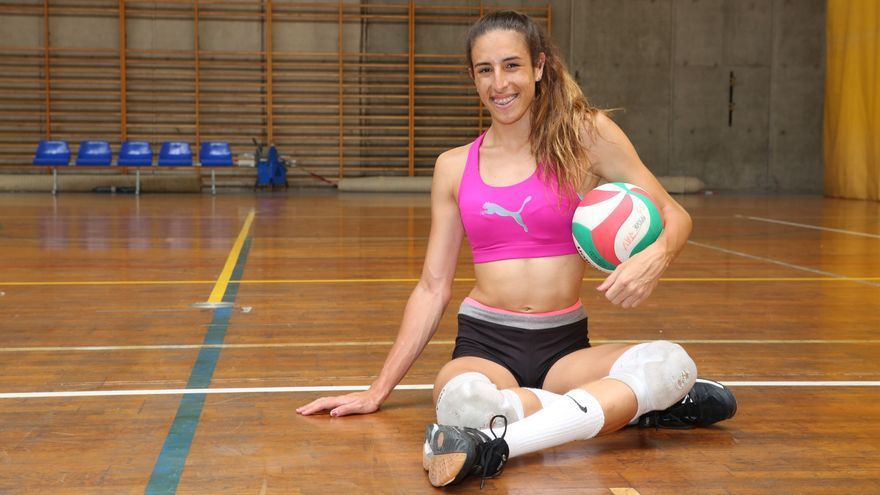 Omaira Perdomo en el pabellón donde entrena / AR.