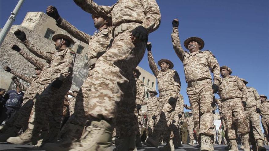 Expulsan a 900 militares del Ejército libio por su relación con la era de Gadafi