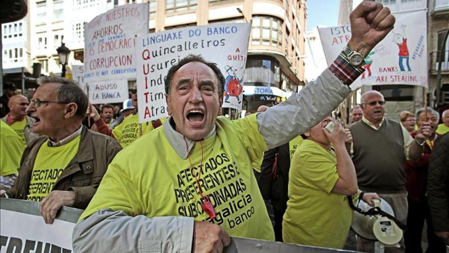 """Caja España ordenó vender preferentes """"sea como sea"""" sin decir que eran perpetuas"""