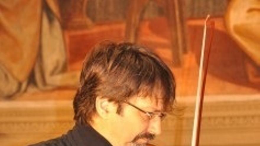 Los músicos Alessandro Fagiuoli y Giacomo Miglioranzi rinden homenaje a Gerardo Diego en el Palacio de Festivales