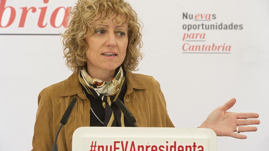 La vicepresidenta de Cantabria, Eva Díaz Tezanos, en campaña electoral. |