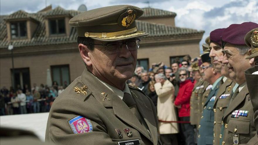 El Alcázar acoge por primera vez el cambio de guardia del Inmemorial del Rey