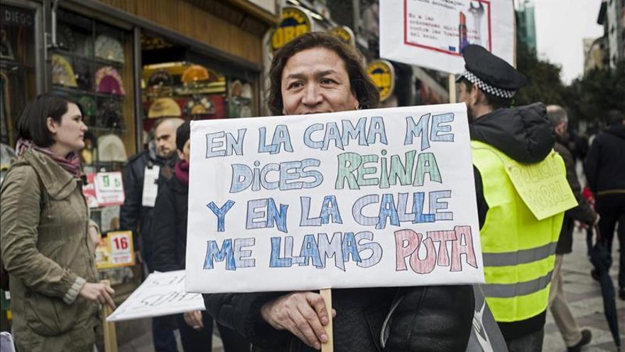 Decenas de personas se manifiestan por los derechos de las prostitutas