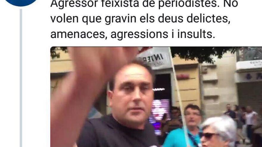 Una imagen difundida en Twitter en la que aparece Francisco José Sargues durante los disturbios del 9 d'Octubre