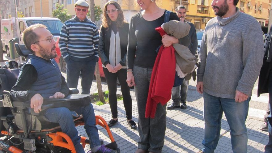 Echenique está de acuerdo con Errejón en blindar Podemos ante una fusión con IU
