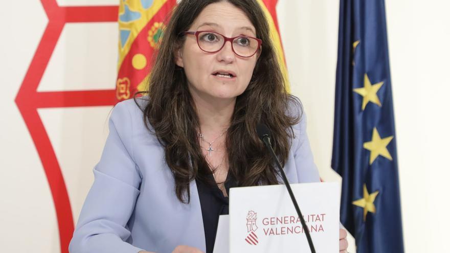 La vicepresidenta del Consell, Mónica Oltra, durante la rueda de prensa posterior al pleno del Consell.