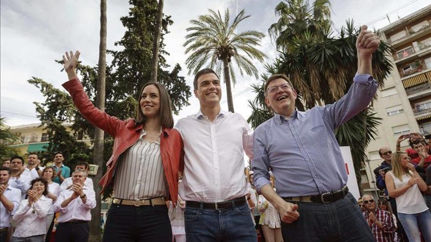 """Pedro Sánchez asegura que los socialistas """"reescribirán"""" el pacto entre generaciones"""