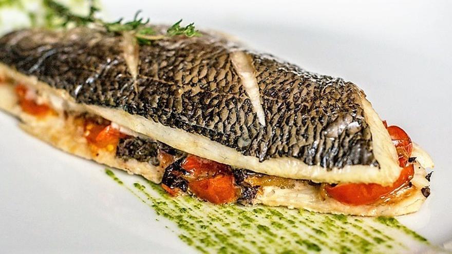 La mitad de los restaurantes de España sirve pescado que no se ...