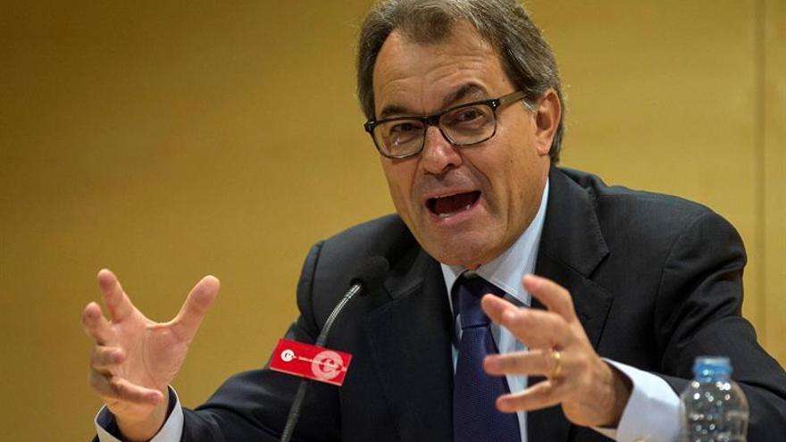 Mas, Ortega y Rigau piden que Rajoy declare como testigo en el juicio del 9N
