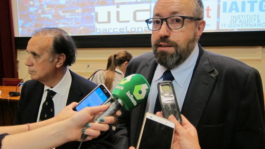 """Girauta acusa a Rajoy de polarizar la campaña y le avisa que C's no es """"el enemigo"""""""