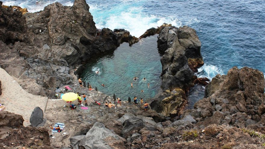 El popular charco de La Laja, en el norte de Tenerife, cerrado por orden del Ayuntamiento de San Juan de la Rambla