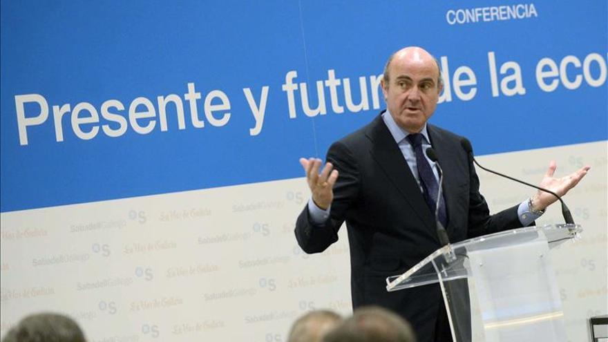 De Guindos: España será capaz de crecer haciendo frente a los retos territoriales