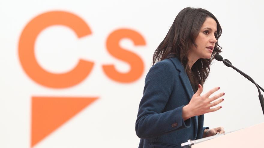 """Arrimadas plantea que Cs sea un partido """"puente"""" para hacer consensos, más participativo y en contacto con la sociedad"""