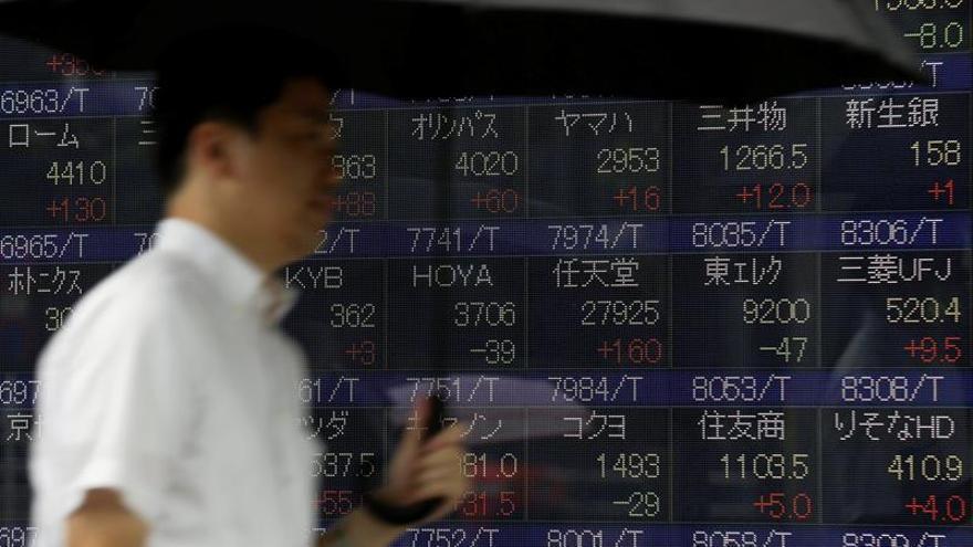 Tokio abre con una caída del 0,18 por ciento