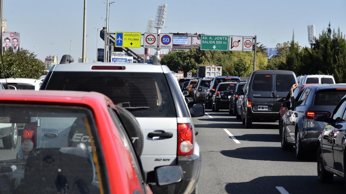 El sábado pasado hubo caos de tránsito en las salidas de la Ciudad