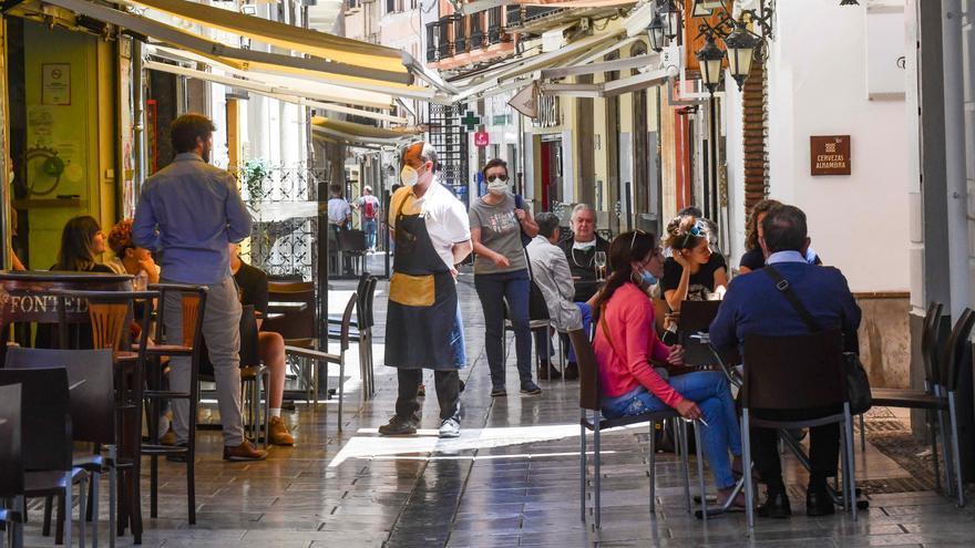 """Los hosteleros se alían con """"Film in Granada"""" para facilitar los rodajes"""