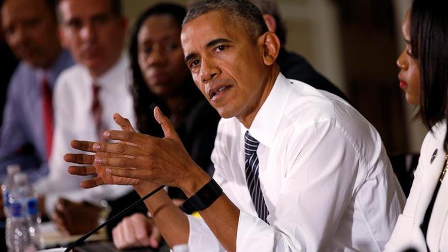 """Obama apoyará a Clinton con un discurso """"optimista"""" sobre el futuro de EE.UU."""