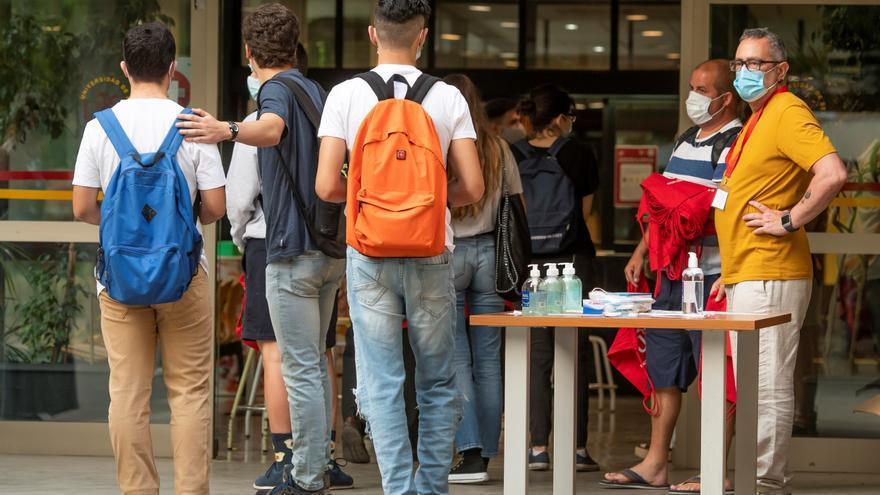 Los universitarios andaluces ocuparán el mismo asiento para facilitar el rastreo en caso de contagio
