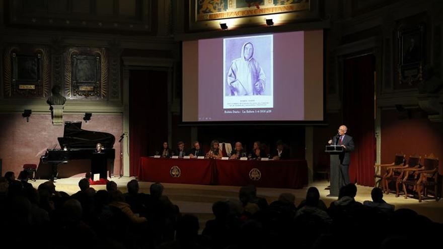 Ateneo de Madrid celebra hoy una velada navideña en homenaje a Rubén Darío