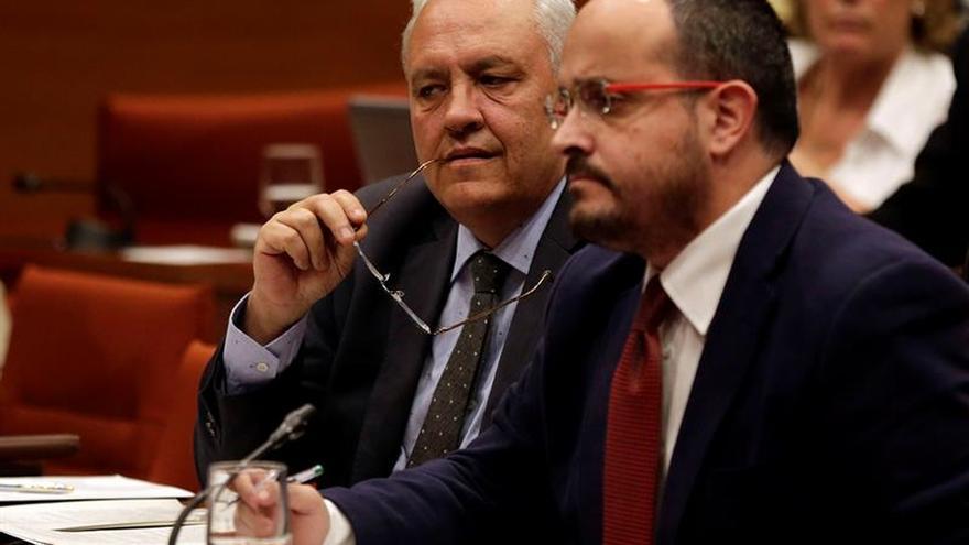 Oposición pide a Mas que asuma responsabilidades y no utilice independentismo