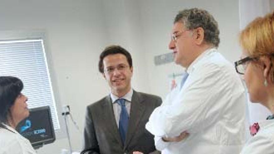 El consejero de Sanidad de Madrid, Javier Fernández Lasquetty en el hospital del Tajo