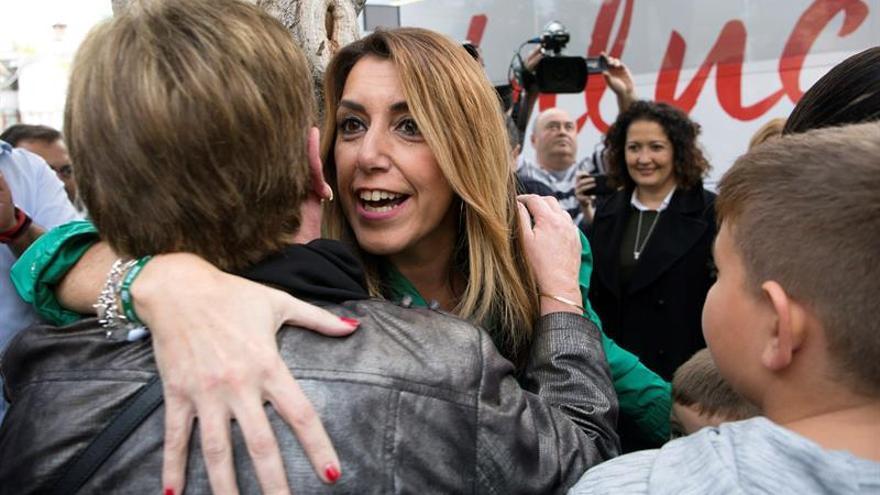 Sondeo: el PSOE ganará las elecciones pero deberá pactar para seguir gobernando