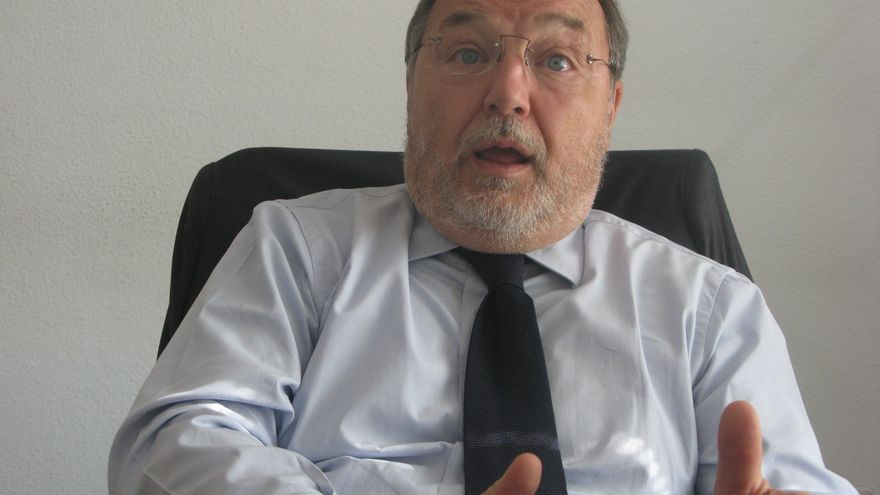 Maurizio Carlotti / S.L.