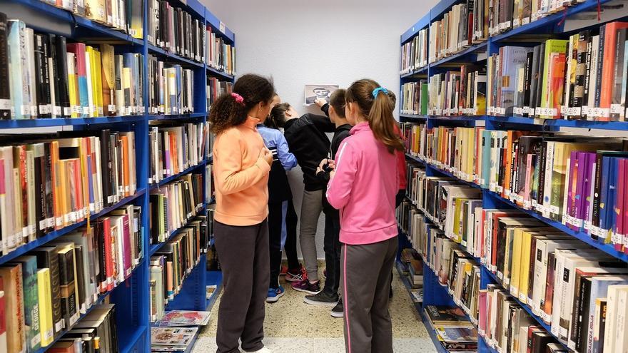 Retos literarios, talleres de escritura creativa y 'bookscape', este mes en las bibliotecas municipales