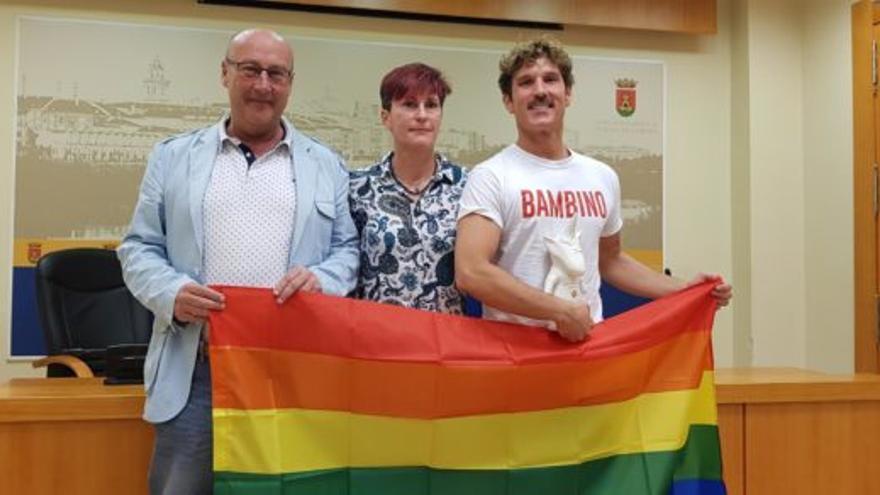 Presentación de la primera manifestación del Orgullo LGTBI en Talavera de la Reina