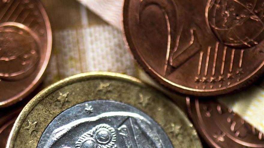 El euro sube a 1,0861 dólares