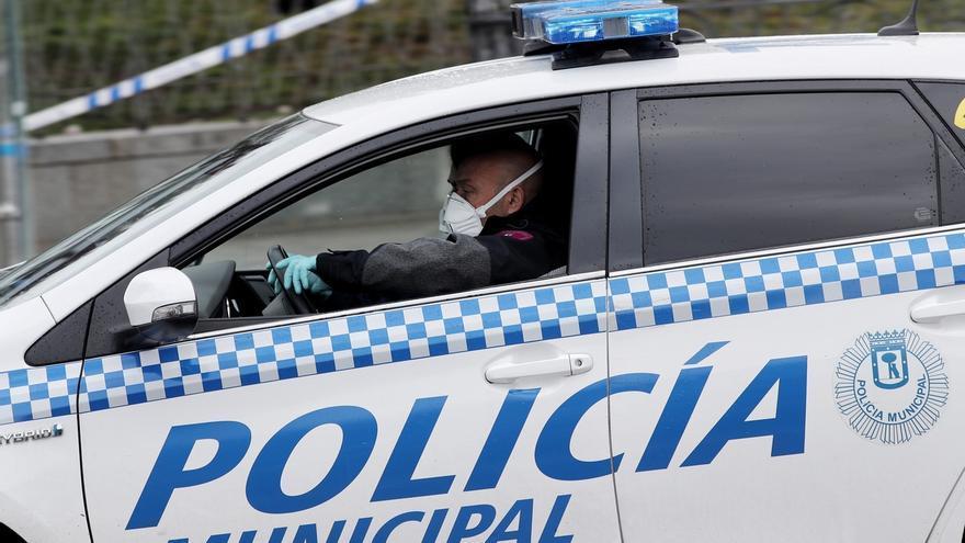 """Un hombre de 77 años """"cazando pokemon"""", entre las 664 multas ayer en Madrid por incumplir estado de alarma"""