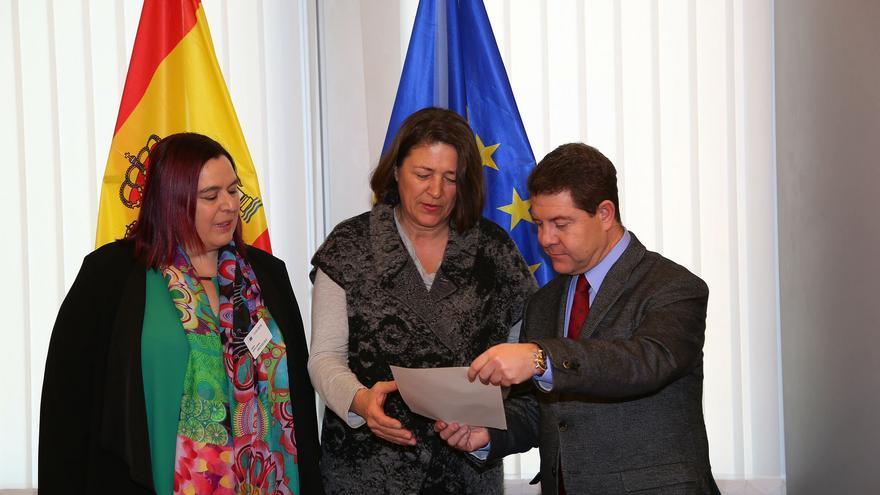 García-Page con la comisaria europea de Transportes, Violeta Bulc