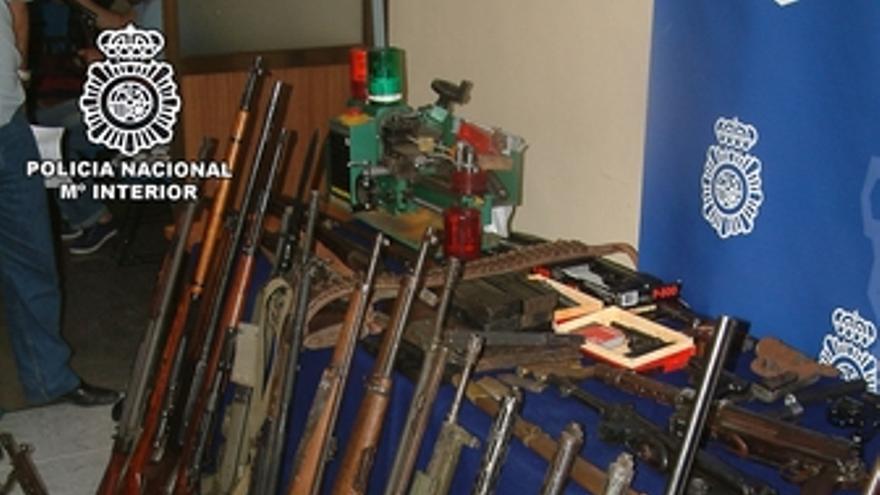 La Policía Nacional interviene abundante armamento de guerra