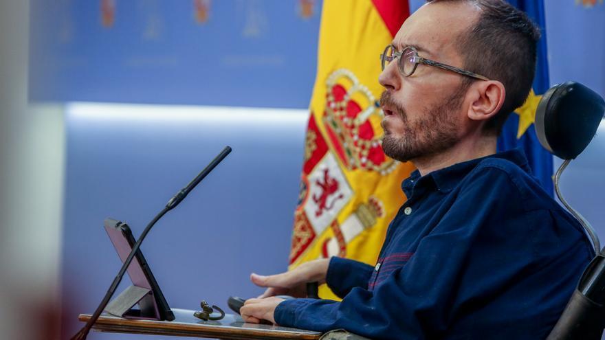 Archivo - El portavoz de Unidas Podemos en el Congreso, Pablo Echenique, interviene en una rueda de prensa posterior a la Junta de Portavoces en el Congreso de los Diputados, en Madrid (España), a 9 de marzo de 2021.