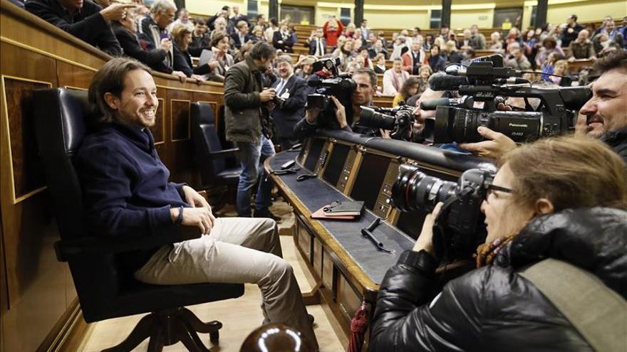 "Iglesias ""toma posesión"" simbólica de su escaño de presidente del Gobierno"