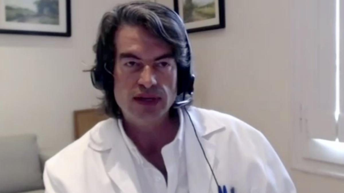 Carlos Mur durante la comparecencia telemática.