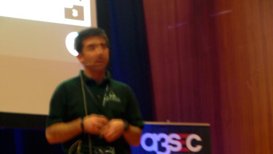 José Picó, durante la Rooted CON 2014 (Foto: HojaDeRouter.com)