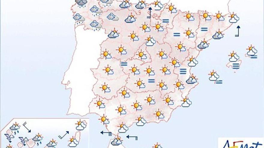 Chubascos en Canarias y cielos muy nubosos en Galicia y Asturias