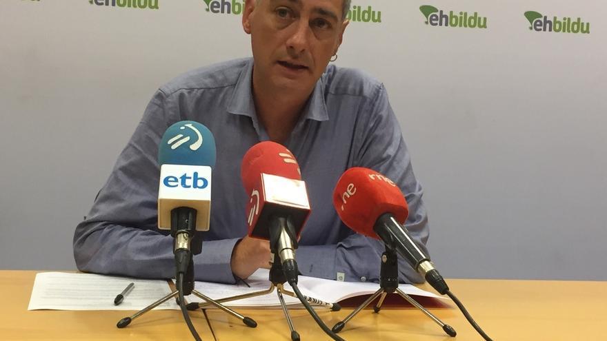 """EH Bildu acusa a Rajoy de convertir a España en """"un país en B"""" y a """"los partidos españoles"""" de darle """"oxígeno"""""""