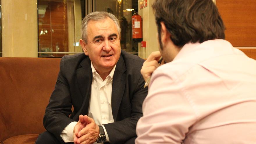 Rafael González Tovar durante la entrevista