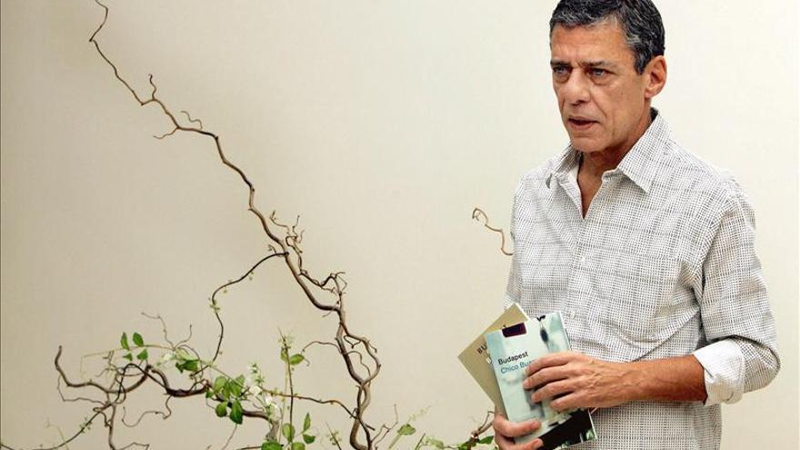 Chico Buarque anuncia en vídeo el lanzamiento de su nueva novela