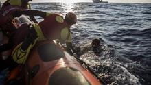 El Gobierno amenaza al Open Arms con multas de hasta 901.000 euros si rescata en el Mediterráneo