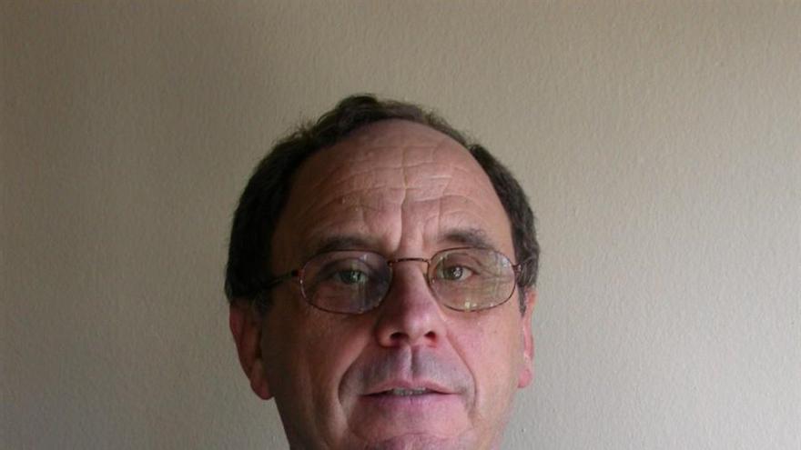 Catedrático Santiago Romero