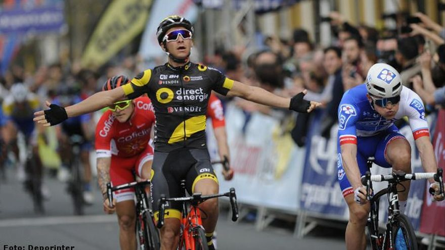 Primera jornada que se decide al sprint en la Vuelta a Andalucía.