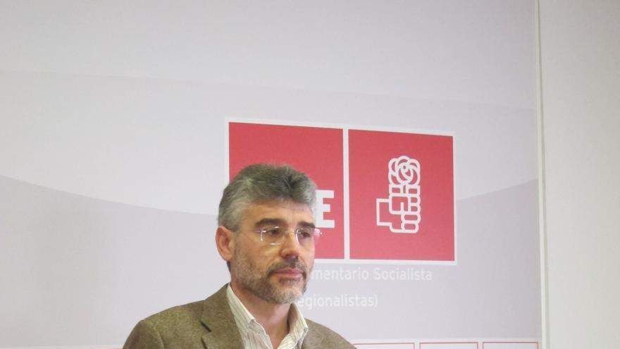 El PSOE pide que el Parlamento de Extremadura publique en su web la declaración del IRPF de los diputados