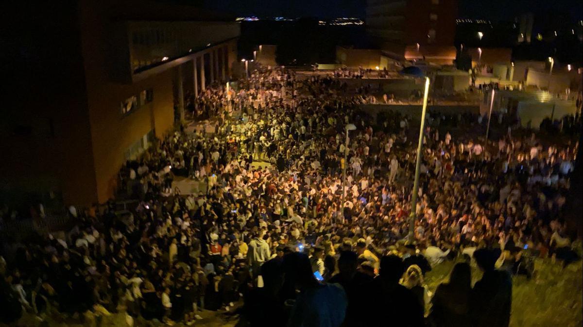 25.000 personas se congregaron anoche en Ciudad Universitaria, según la Policía Municipal